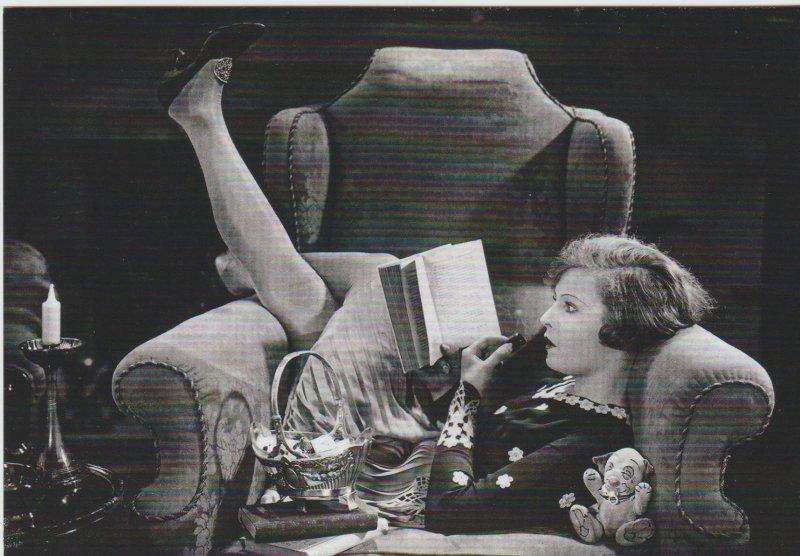 Lillian Harvey 1928 Reading