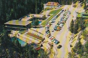 Pools at Radium Hot Srpings and the Aquacourt, Swimming Pool, Banff, Alberta,...