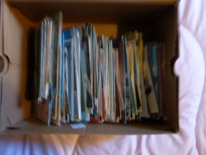 World Selection of  350 assorted used and new postcards,