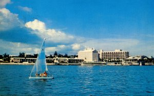 Bermuda - Pembroke. Princess Hotel