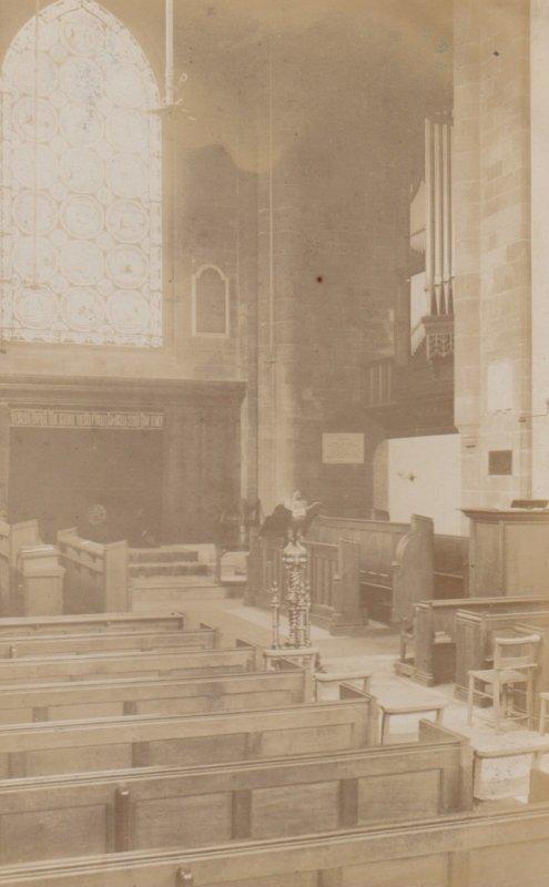 RP : NEWBORO , England , 1905 ; Church Interior
