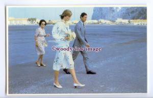 r2541 - Diana & Charles arrival at Gibraltar Airport, 01/08/1981 - postcard