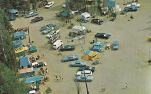 Camping dans la Belle Province , Quebec , Canada , PU-1987