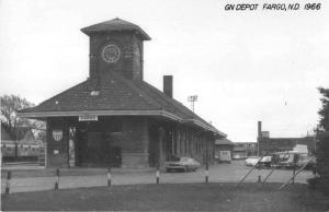 Fargo North Dakota 1966 Great Northern train depot real photo pc Y15454