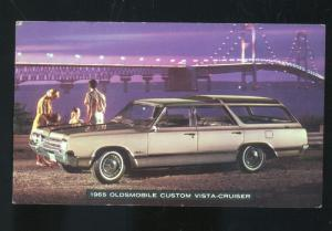 1965 OLDSMOBILE CUSTOM VISTA CRUISER CAR DEALER ADVERTISING POSTCARD '65 OLDS