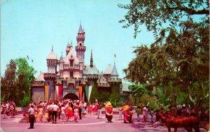 Anaheim CA Disneyland Sleeping Beauty Castle Postcard used (20122)