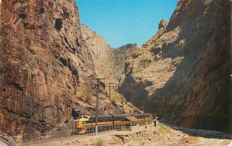 Western Pacific Train in Royal Gorge Colorado postcard