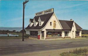 Artisanat Chamard Prop., Saint-Jean-Port-Joli, Cte. De L'Islet Province of Qu...