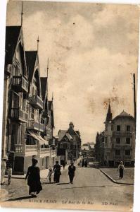 CPA BERCK-PLAGE - La Rue de la Mer (163949)