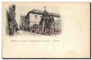 Troyes Old Postcard The grid of & # 39hotel God and the cathedral