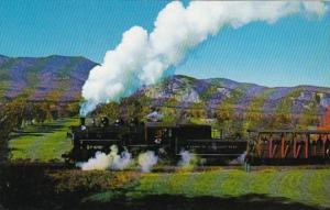 Conway Scenic Railroad 0-6-0 Steam Locomotive No 47 Heading For Conway White ...
