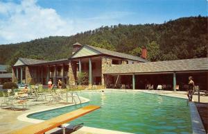 Gatlinburg Tennessee~The Riverside Hotel~Poolside~1950s Car~Postcard