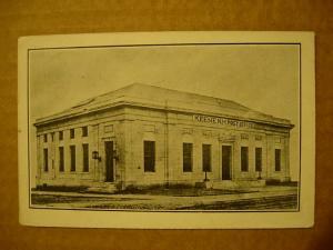 pre-1920 postcard Keene NH Post Office black&white z0373