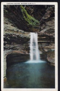 New York WATKINS GLEN Curtain Cascade - White Border