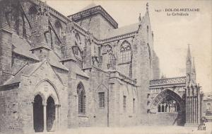 France Dol de Bretagne La Cathedrale cote Sud