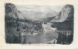 BANFF , Alberta , Canada , 1900-10s ; Bow Valley from C. P. Railway Hotel