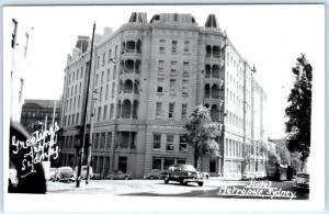 RPPC  SYDNEY, AUSTRALIA   Street Scene HOTEL METROPOLE  ca 1950s  Postcard