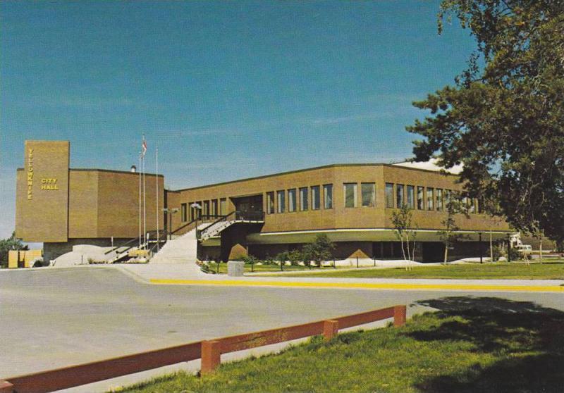 City Hall , Yellowknife , N.W.T. , Canada , 50-70s