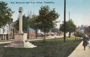 TENTERDEN , Kent , England , 00-10s ; War Memorial & High Street