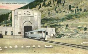 Colorado, Moffat Tunnel with Train (1940s) Postcard