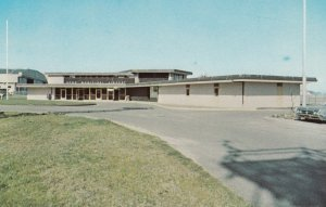 NORTH BEND , Oregon , 1950-60s ; Municipal Airport