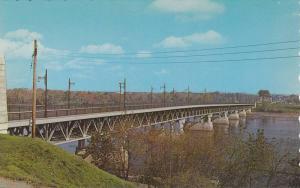 Duplessis Bridge , TROIS-RIVIERES , Quebec , Canada , 50-60s