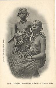 CPA Senegal Ethnic Nude Fortier - 1242. Jeunes filles (71220)