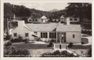 North Carolina NC Postcard c1940s ROBBINSVILLE Joyce Kilmer Inn and Cottages