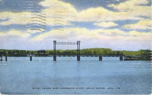 Wheel Bridge Over Mississippi River Grand Rapids MI Michigan Vintage Postcard E1