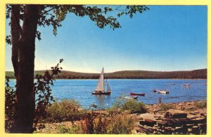 LAKE WALLENPAUPACK POCONO MOUNTAINS, PA  SEE SCAN  142