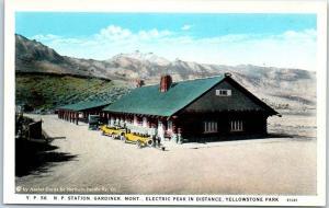 Yellowstone Park Postcard Northern Pacific Railroad Depot Gardiner Montana 1930s
