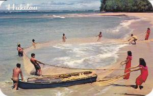 Hukilau in Hawaii, Old Way of Fishing, HAWAII, 40-60s