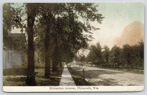 Plymouth Wisconsin~MIlwaukee Avenue Homes~Horse Wagon~Dirt Road~c1910 Postcard