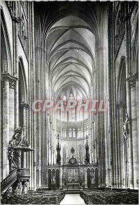 Modern Postcard Amiens (Somme) the Cathedral Nave