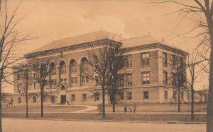 DETROIT, Michigan, 1900-10s; Eastern High School
