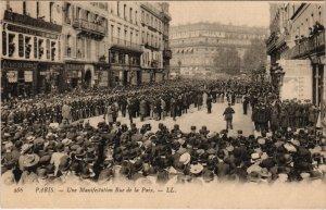 CPA PARIS 2e - Une Manifestation Rue de la Paix (53496)