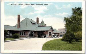 Kalamazoo, MI Postcard Michigan Central (Union) Depot Train Station c1930s