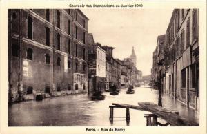 CPA Souvenir des Inondations. PARIS Rue de Bercy (561955)