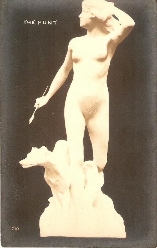 The Hunt Fine Art (sculpture) postcard