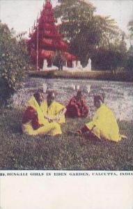 India Calcutta Bengali Girls In Eden Garden