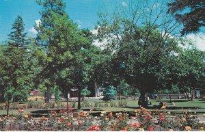 VERNON, British Columbia, 50-60s; Park & Outdoor Pavilion