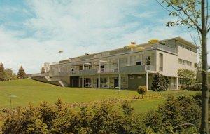 VANCOUVER , B.C. ,1950-60s ; U of B.C. , Faculty Club