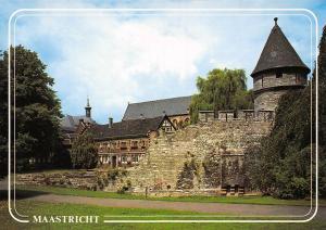 Netherlands Maastricht Faliezusterspark met Pater Vinktoren Faliezustersklooster