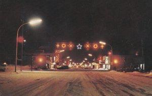 CHIBOUGAMAU , Quebec , Canada , 1984 ; Main Street at Night , Christmas