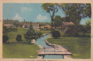 SMITH FALLS , Ontario , Canada , 01930s ; Victoria Park