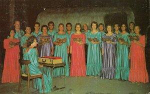 Kailua - Kona , Hawaii, 1965 ; Ohana Choir , Mekuaikaua Church
