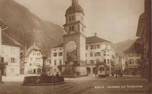 Switzerland Altdorf Dorfplatz mit Telldenkmal 02.87