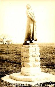 Canada - Nova Scotia, Grand Pre. Evangeline Statue   *RPPC