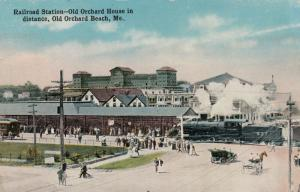 OLD ORCHARD BEACH , Maine , 1900-10s ; Train at Railroad Station