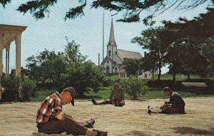 YARMOUTH , Nova Scotia , 50-60s ; Fishermen Mending Nets